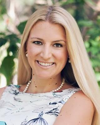 Amanda Metcalf, MA, CLC